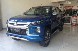 Selling Brand New Mitsubishi Strada 2019 Truck in Metro Manila