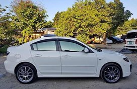 Sell White 2010 Mazda 3 Sedan at 60000 km