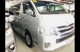 Sell  2018 Toyota Hiace Van Automatic Diesel at 6372 km