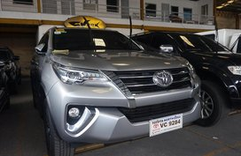 Selling Silver Toyota Fortuner 2016 in Manila