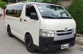 Sell Used 2014 Toyota Hiace Manual Diesel in Quezon City