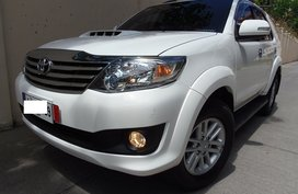 White 2014 Toyota Fortuner Automatic Diesel for sale in Quezon City