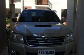 2nd Hand Toyota Hilux 2015 at 15000 km for sale