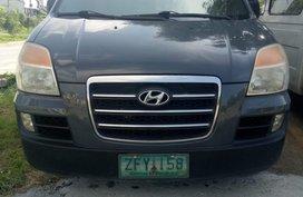 Selling Hyundai Starex 2006 Van Automatic Diesel in Cainta