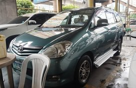 Selling Green Toyota Innova 2010 Manual Diesel in Manila