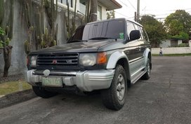 Grey Mitsubishi Pajero 1997 for sale in Angeles