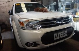 Selling White Ford Everest 2015 Automatic Diesel in Manila