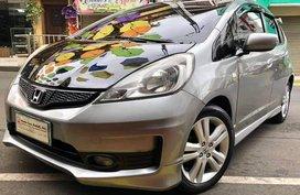 Selling 2nd Hand Honda Jazz 2012 in Lipa