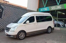 Sell White 2014 Hyundai Grand Starex at 32000 km in Pasig