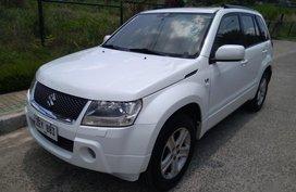 Selling White Suzuki Vitara 2006 in Manila