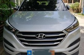 Silver Hyundai Tucson 2017 for sale in Manila