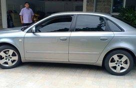 Selling Silver Audi A4 2006 Sedan at 65000 km