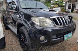 Black 2010 Toyota Hilux Truck Manual Diesel for sale