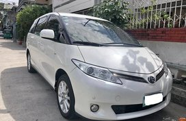Sell Used 2013 Toyota Previa Van Automatic Gasoline in Pasay