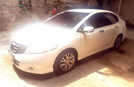 Sell White 2011 Honda City Automatic in Makati