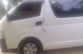 Sell Used 2018 Toyota Hiace at 50000 km