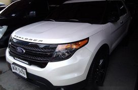Sell White 2014 Ford Explorer Automatic Gasoline at 40195 km in Pasig