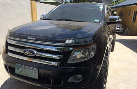 Selling Used Ford Ranger 2014 at 43000 km in Makati