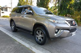 Selling Used Toyota Fortuner 2017 at 20000 km in Las Pinas