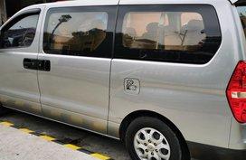 Selling 2nd Hand Hyundai Starex 2012 at 93280 km in Pasig