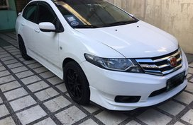 White Honda City 2012 at 76000 km for sale in Taguig