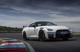 Nissan Unveils Nissan GT-R 2020 | Pricing Released!