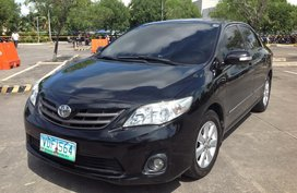 Selling Used Toyota Corolla Altis 2013 Automatic at 68000 km