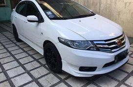 White Honda City 2012 Sedan at 70000 km for sale