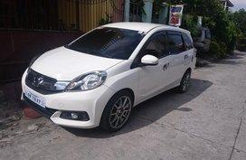 Selling Used Honda Mobilio 2015 in Bataan