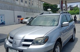 Selling 2nd Hand Mitsubishi Outlander 2006 in Taguig