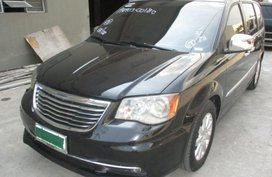 2013 Chrysler Town And Country for sale in Makati
