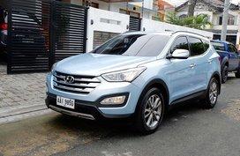 Sell Blue 2014 Hyundai Santa Fe Automatic Diesel in Pasig
