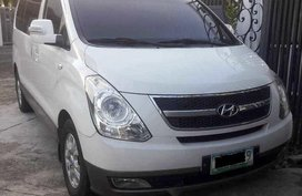 Selling White Hyundai Grand Starex 2010 Automatic Diesel