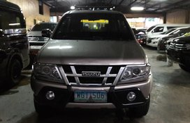 Silver 2013 Isuzu Crosswind Automatic Diesel for sale