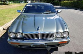Selling Jaguar Xj6 1994 at 68000 km in Manila