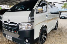 White 2016 Toyota Hiace Manual Diesel for sale