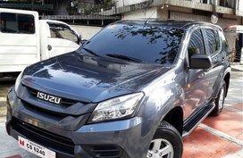 Isuzu Mu-X 2017 at 12000 km for sale