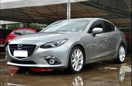 Selling Mazda 3 2015 Sedan Automatic Gasoline