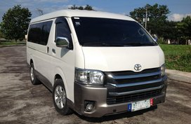 Selling White Toyota Hiace 2005 Manual Diesel