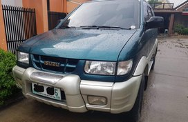 Selling Green Isuzu Crosswind 2003 Automatic in Pampanga