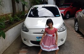 Selling Used Mitsubishi Mirage 2013 Hatchback in Metro Manila