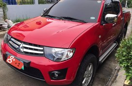 Selling Red Mitsubishi Strada 2014 Automatic Diesel