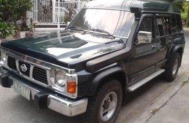 Selling Green Nissan Patrol 1994 in Manila