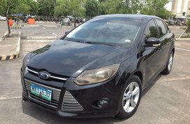 Selling Black Ford Focus 2013 Sedan in Lucena