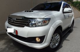 Selling White 2014 Toyota Fortuner Automatic Diesel