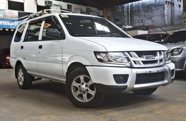 White 2017 Isuzu Crosswind Diesel Manual at 21000 km for sale
