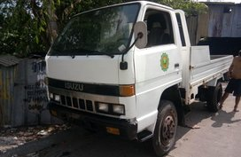 Selling Isuzu Elf 1999 Truck in Cavite