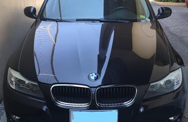 Selling Black Bmw 320I 2009 Automatic Gasoline