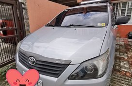 Sell Silver 2014 Toyota Innova Manual Gasoline