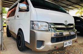 Sell White 2014 Toyota Hiace Manual Diesel at 50000 km